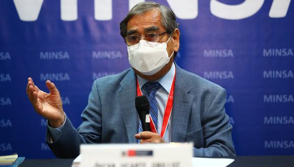Ugarte Ubilluz reiteró que el proceso de vacunación contra el coronavirus (COVID-19) a las personas de 60 años a más podría iniciarse antes de terminar este mes de mayo. Foto: Archivo GEC