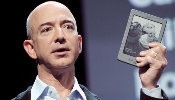 Jeff Bezos es fundador del gigante Amazon y el hombre más rico del mundo. (Foto: EFE)