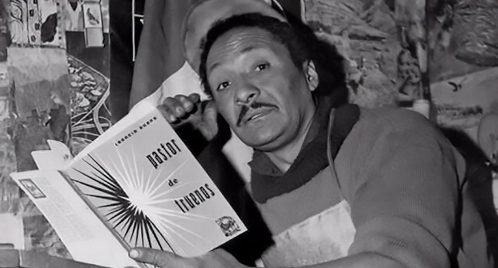 Leoncio Bueno ha publicado al menos una decena de libros de poemas. La mayoría de ellos hechos artesanalmente, que aún distribuye a pedido a amigos, conocidos y seguidores.