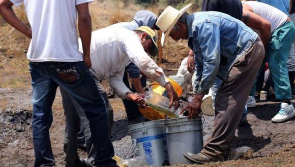 """Los """"huachicoleros"""" son las personas que se dedican al robo y comercio de combustibles, principalmente gasolina. (Getty Imagesvía BBC)"""