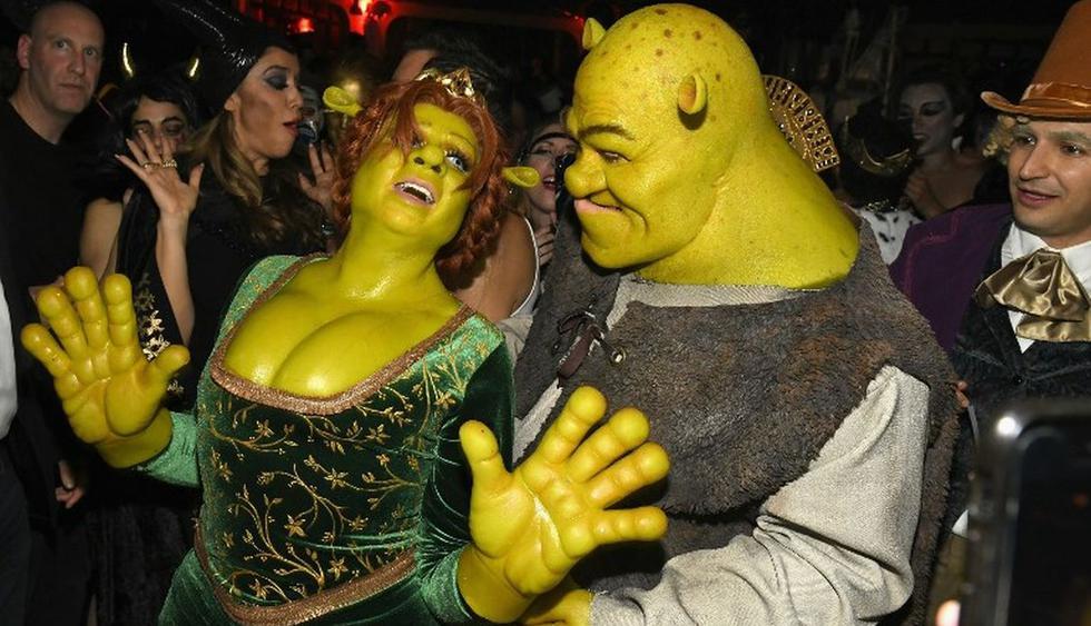 Heidi Klum y Tom Kaulitz se disfrazaron de Fiona y Shrek respectivamente. (Foto: AFP)