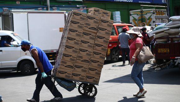 De acuerdo con el Minagri, los lineamientos de salubridad establecen 20 obligaciones para las autoridades regionales y locales, quienes deben trabajar en conjunto con los principales centros de abastos. (Foto: Jesus Saucedo / GEC)
