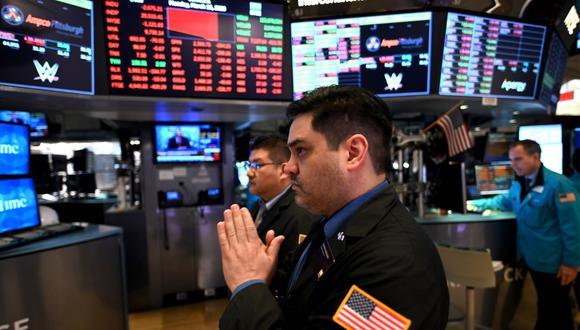 Entre el 19 de febrero y el 18 de marzo de este año, el índice Dow Jones de la bolsa de Nueva York se ha desplomado 32,2% por la crisis del coronavirus. (Fuente: AFP)