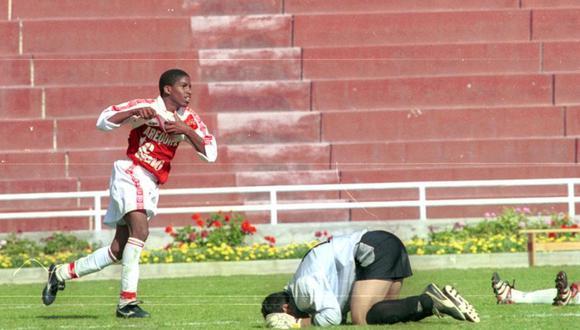 Jefferson Farfán debutó en la selección adulta dos años después de jugar el Sudamericano Sub 17. (Foto: Archivo GEC)