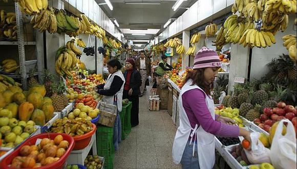 La inflación se aceleró en julio por el alza de precios en el rubro de alimentos y bebidas. (Foto: El Comercio)