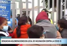 Largas colas y desorden durante proceso de vacunación de adultos mayores en Chorrillos