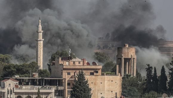 Este viernes las fuerzas turcas se enfrentaban a una fuerte resistencia de las milicias kurdas que lucharon aliadas con Estados Unidos contra los yihadistas del grupo Estado Islámico. (Foto: EFE)