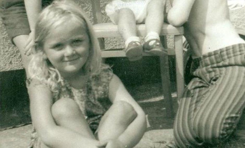 Hayley Kemp quedó huérfana de madre a los 5 años.