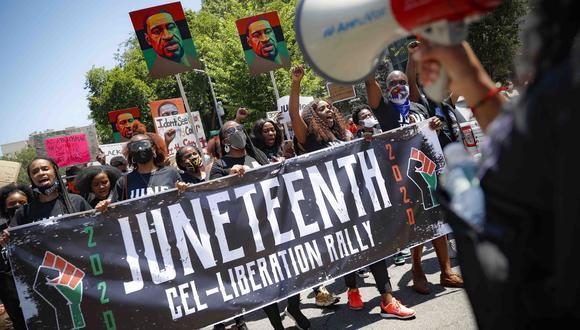 Protesta del año pasado por el Juneteenth, en Brooklyn, Nueva York. AP