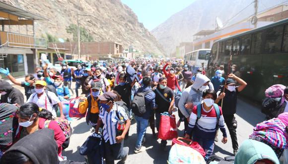 Los alcaldes distritales de la región Huancavelica deberán hacer cumplir la cuarentena controlada de las personas que regresen a su lugar de origen. (Foto: Hugo Curotto)