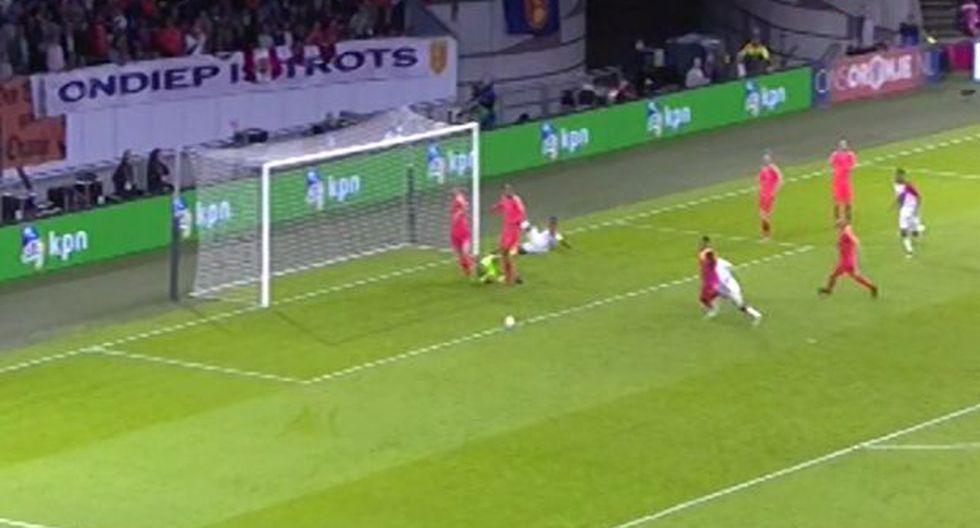 Perú vs. Holanda: vertiginoso inicio de la Blanquirroja en el segundo tiempo casi termina en gol. (Foto: Captura de video)