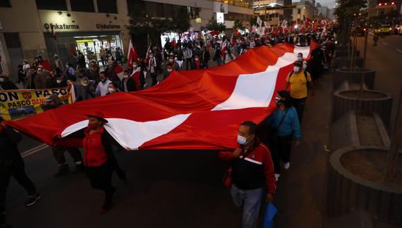 Conoce cuáles son los desvíos en ambos medios de transporte ante las movilizaciones de simpatizantes de Perú Libre en el Cercado de Lima. (Foto: El Comercio)