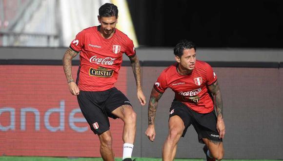 La selección peruana hizo el reconocimiento de campo en el Estadio Nacional de Chile. (Foto: @SeleccionPeru)