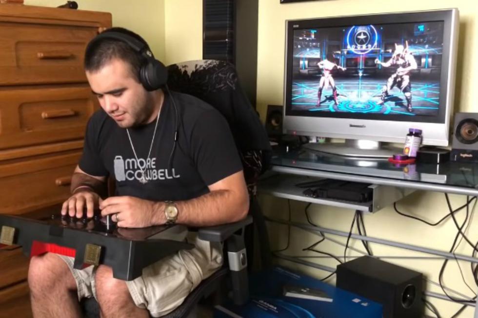 El gamer SightlessSenshi explicó, a través de un video publicado en su canal de YouTube, lo que hace para jugar videojuegos de peleas. (Foto: Captura)