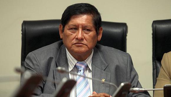 Empezó el desbande: Juan Pari confirma que renuncia a Gana Perú
