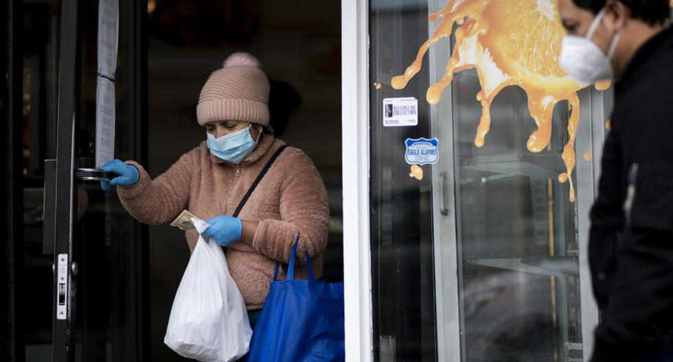 María Sánchez, que vive en el vecindario Corona en Nueva York, no sabe dónde exactamente se contagio de coronavirus. (Foto Referencial: Johannes EISELE / AFP)