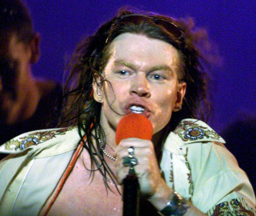 William Bruce Bailey, más conocido por su nombre artístico Axl Rose, es famoso por ser el cantante, líder y compositor de la mítica banda de hard rock Guns N' Roses. (Foto: Reuters /Paulo Whitaker)