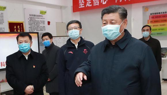 """""""Ningún gobierno democrático habría podido tapar el surgimiento de la epidemia como lo hizo el Gobierno Chino"""", señala Ganoza. (EFE)."""