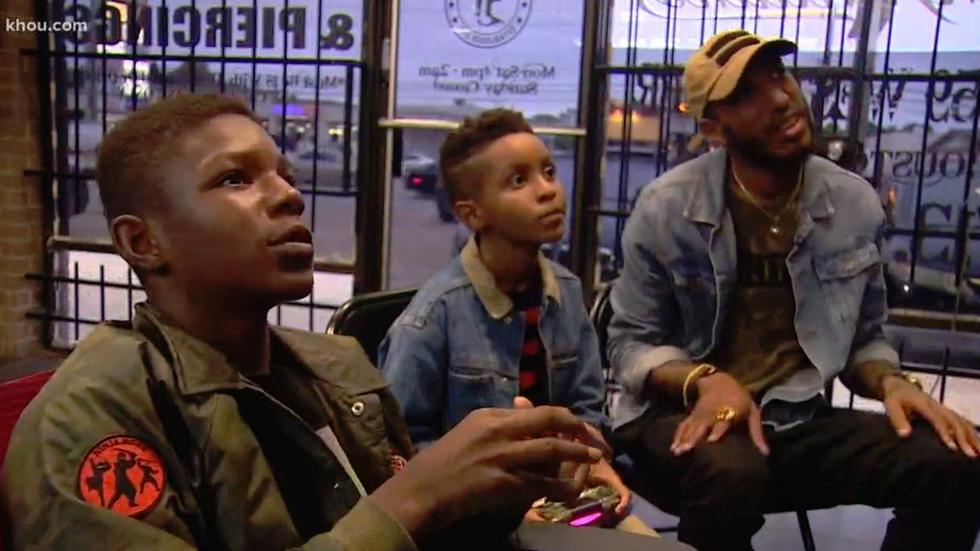 El padre de Jordan, decidió invitar a Tamarion para pasar un día juntos y tratar de comprenden que era lo que sucedía con este muchacho que se había vuelto en un abusador de niños. (Foto: Facebook)