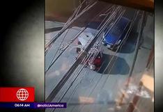 Mujer frustra asalto embistiendo un mototaxi en Comas