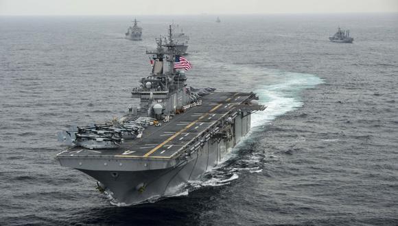 Estados Unidos quiere establecer una coalición internacional para escoltar a los buques comerciales en el Golfo. (Foto: AFP)