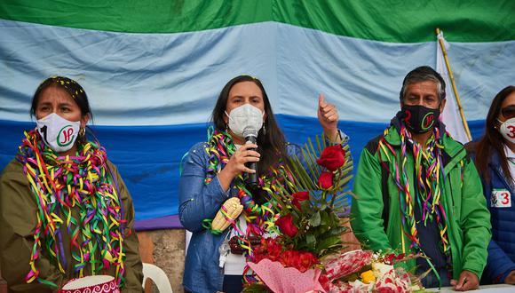 """""""Nosotros vamos a nacionalizar el gas, esto tiene que cambiar"""", señaló Verónika Mendoza. (Foto: Juntos por el Perú)"""