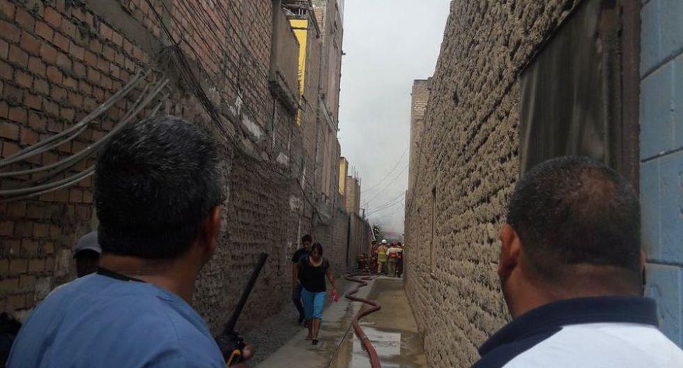 Barranco: incendio destruyó 20 habitaciones prefabricadas - 7