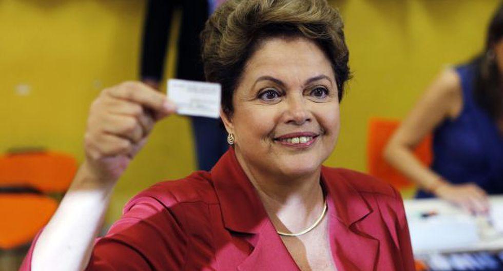 Brasil: Rousseff votó y criticó momentos lamentables en campaña