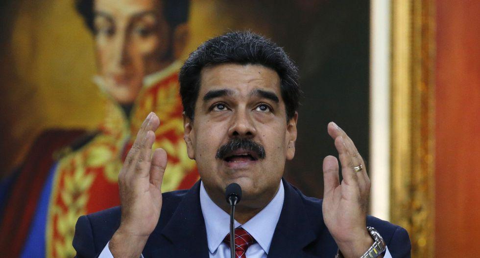 Estados Unidos revoca 77 visas de venezolanos allegados a Nicolás Maduro, anuncia Mike Pence. (AP).