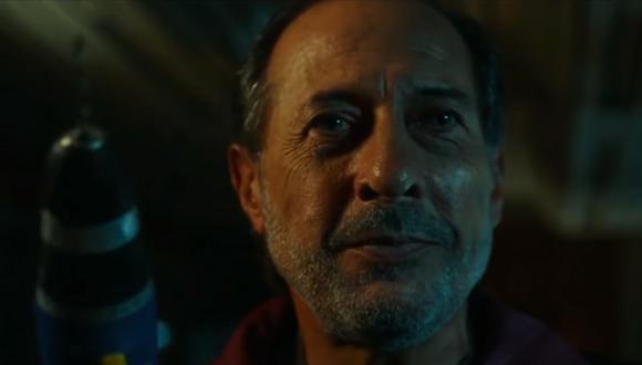 """Guillermo Francella interpreta a Luis Mario Vitette Sellanes, """"el hombre del traje gris"""", en esta película basada en hechos reales. (Foto: Warner Bros.)"""