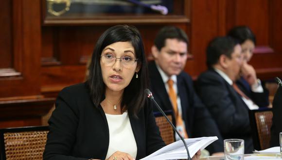 Milagros Salazar refirió que el personal que presta servicios en esta comisión investigadora no trabaja directamente con Rosa María Bartra, presidenta de ese grupo. (Foto: Congreso)