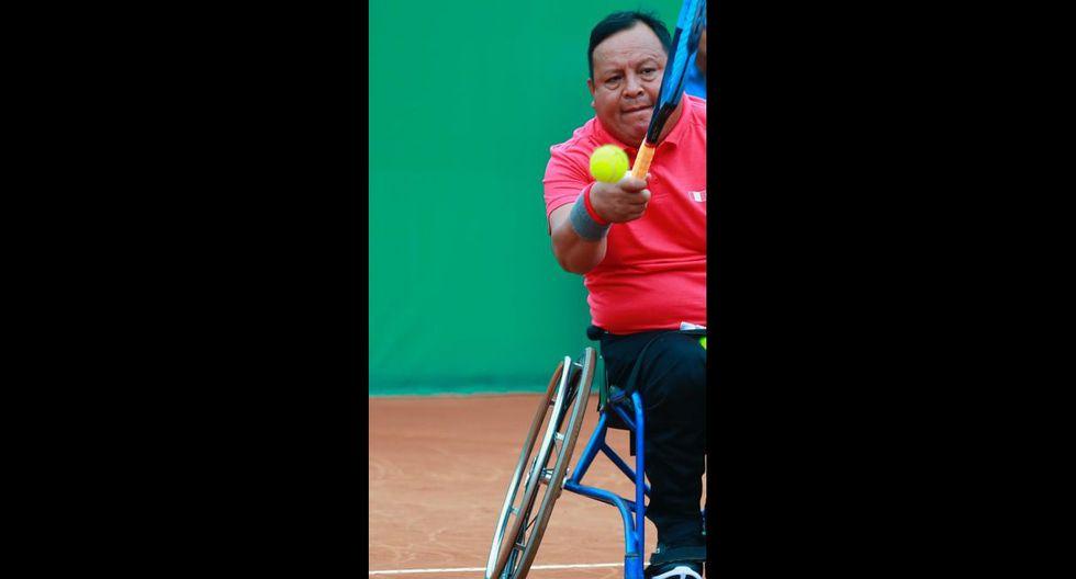 Martín Ordoñez de Perú enfrentó a Mitchell Mcintyre de Canadá en los cuartos de final de tenis en silla de ruedas. Peruano cayó 2-0. (Foto: Daniel Apuy / GEC)
