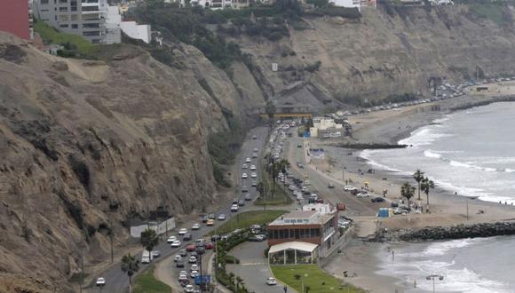 Costa Verde: niño queda en coma tras caerle roca de acantilado