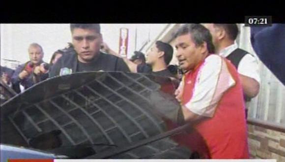 Alcalde de Chilca, ya detenido, quería irse manejando su auto