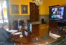 COVID-19: ministro Ugarte participa de seminario para conocer sobre la experiencia de vacunación en Chile