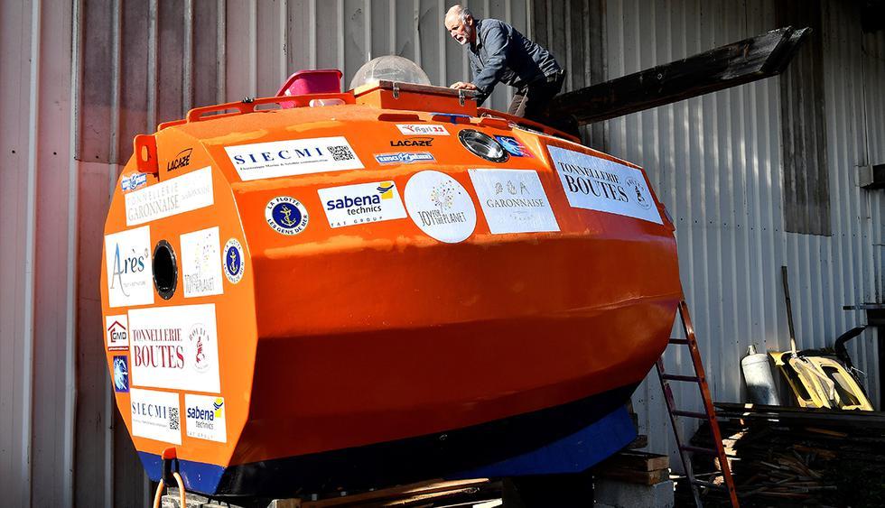 Jean-Jacques Savin, de Francia, zarpó de las islas Canarias en una cápsula en forma de barril, con la esperanza de llegar al Caribe en tres meses impulsado únicamente por las corrientes del Atlántico. (EFE)