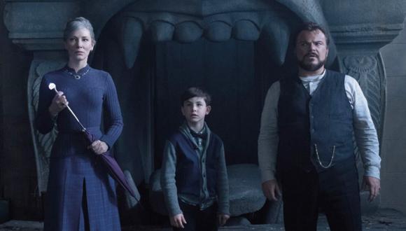 """De izquierda a derecha Cate Blanchett, Owen Vaccaro y JAck Black en """"La casa con un reloj en sus paredes"""". (Foto: Difusión)"""