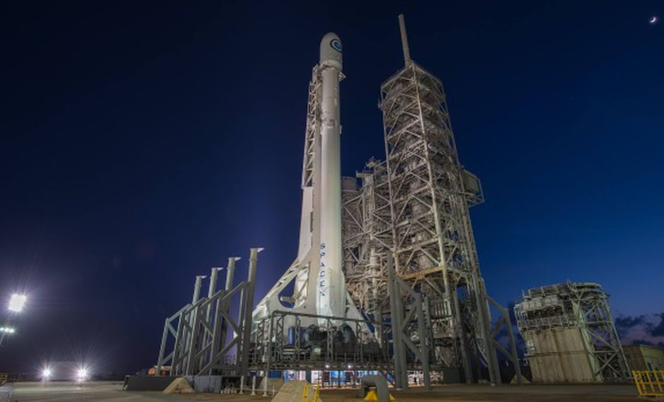 SpaceX lanza al espacio carga secreta del gobierno de EEUU