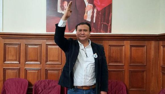 Santiago Arancibia es militante de Acción Popular. (Foto: Facebook)