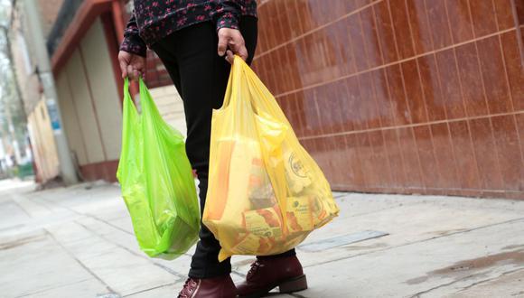 Comuna limeña aprobó ordenanza que promueve la reducción de plástico de un solo uso en la capital. (Foto: GEC)