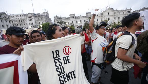 El último jueves, hinchas de Universitario de Deportes marcharon en protesta contra Gremco (Foto: Francisco Neyra/ Grupo El Comercio).
