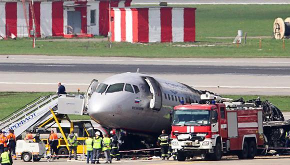 El aparato, con un total de 344 personas a bordo consiguió tomar tierra en el aeropuerto solo al segundo intento. Foto referencial. (AFP)