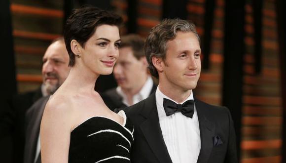 Anne Hathaway está embarazada de Adam Shulman
