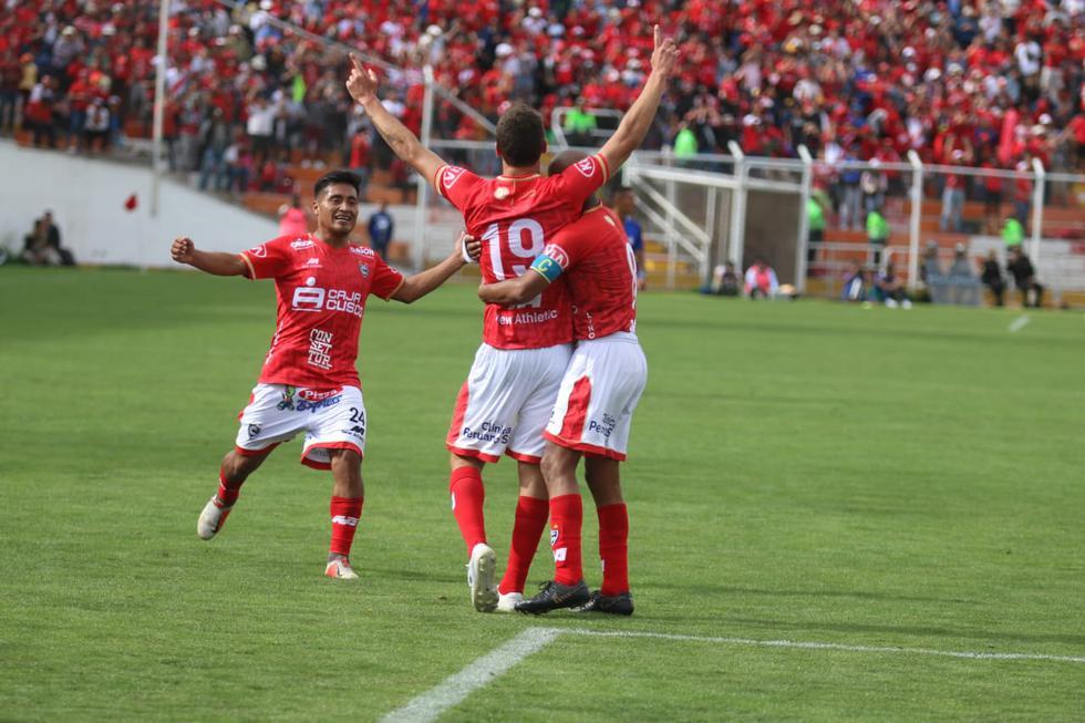 Cienciano goleó 4-2 a Santos y logró ascender a la Liga 1. (Foto: GEC)