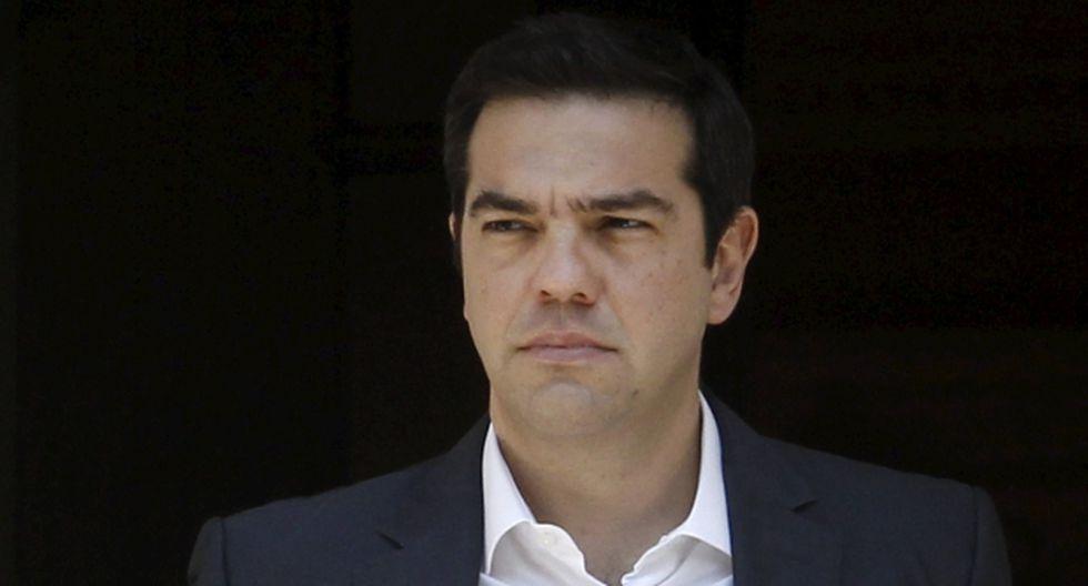 Grecia: Tsipras echó a los ministros opositores al rescate