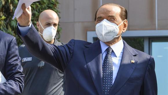 Silvio Berlusconi sigue dando positivo al coronavirus un mes después de su contagio. (EFE/EPA/ANDREA FASANI).