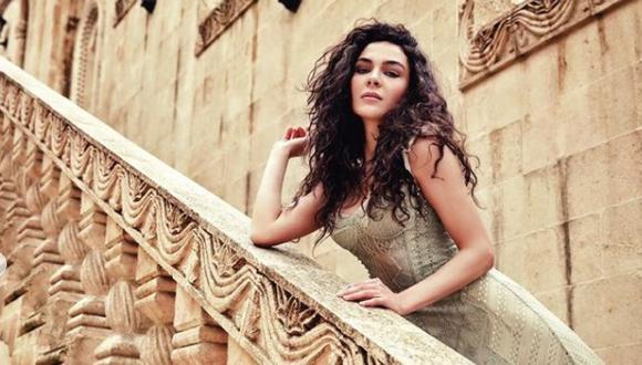 Ebru Şahin es una actriz y modelo turca, ganadora de múltiples premios como el Golden Butterfly (Foto: Ebru Şahin / Instagram)