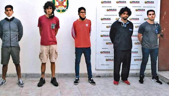 Los acusados José Arequipeño, Sebastián Zevallos, Diego Arroyo, Andrés Fassardi y Manuel Vela. Foto: PNP
