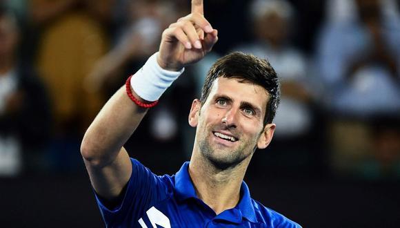 El serbio ganó 3-0 y se convirtió en el tenista que más veces alzó esta copa. (Foto: AFP).