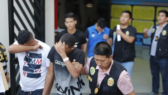 El último domingo, la PNP detuvo a 124 personas, la mayoría de nacionalidad venezolana, con armas y drogas en un hotel de Punta Negra. (GEC)